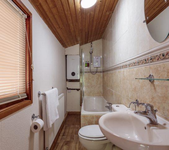 GKI Brazengate Lodge Low Res 9